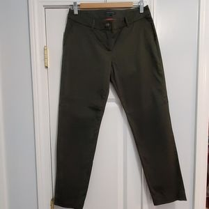 Tommy Hilfiger Green cropped trousers.